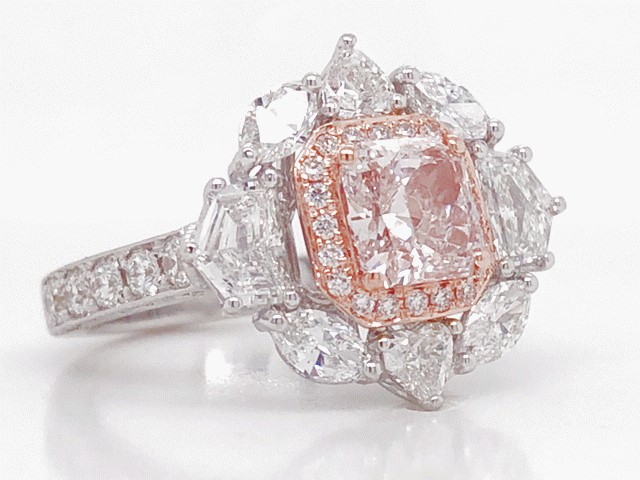 Lady's Internally Flawless 1.30ct Fancy Brownish Pink Diamond Ring (4.35ct TW)