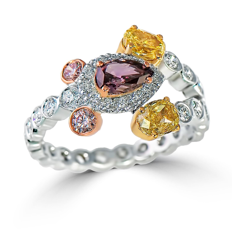 Lady's 0.47ct Fancy Dark Brown-Purple & Mixed Diamond Ring (2.33ct TW)